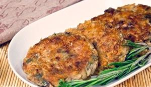 Котлеты из соленых грибов с картофелем